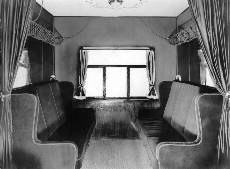 Interieur passagierscabine van het luchtschip Los Angeles, een Zeppelin uit 1924.