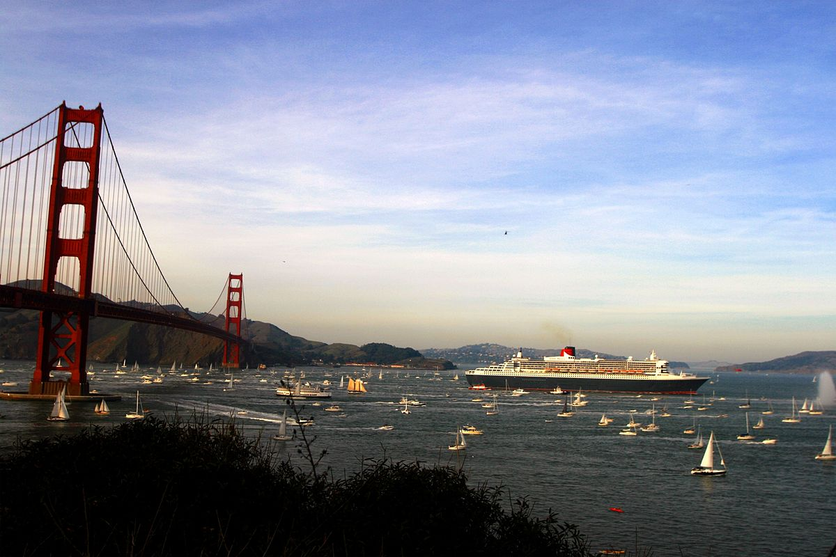 Queen Mary 2 - Podróż w wielkim stylu by LONG STORY SHORT