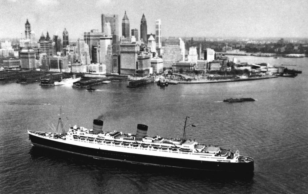 RMS Queen Elizabeth - Podróż w wielkim stylu by LONG STORY SHORT