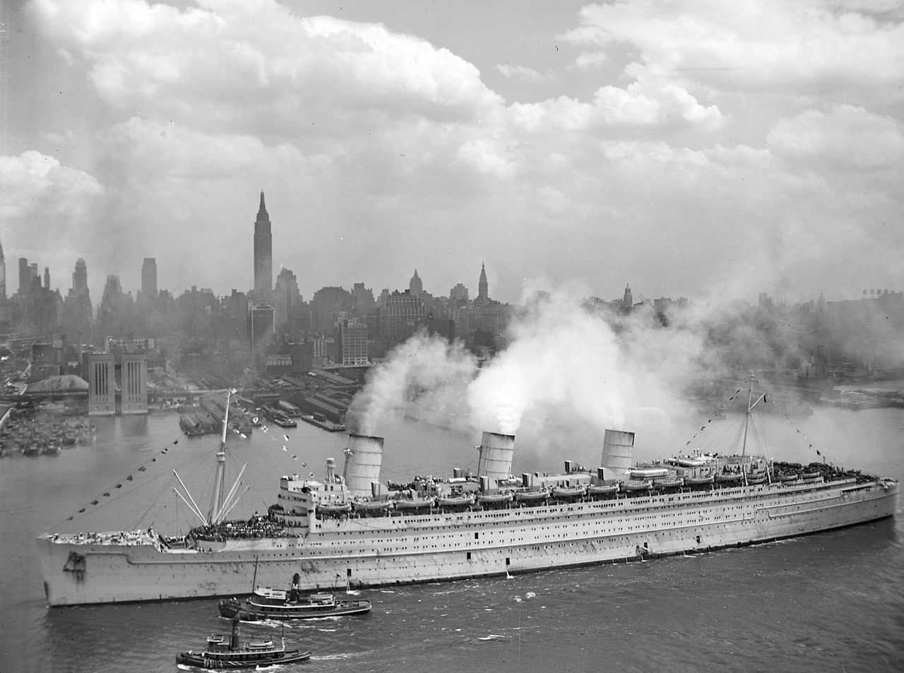 RMS Queen Mary - Podróż w wielkim stylu by LONG STORY SHORT