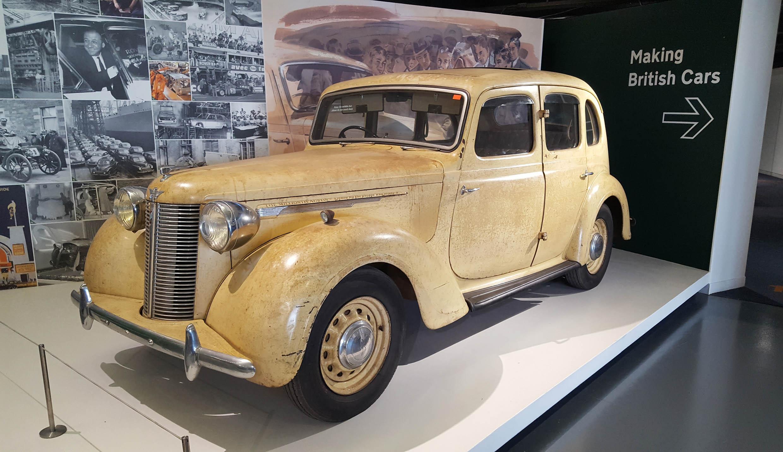 Austin Sixteen - z wizytą w British Motor Museum by LONG STORY SHORT