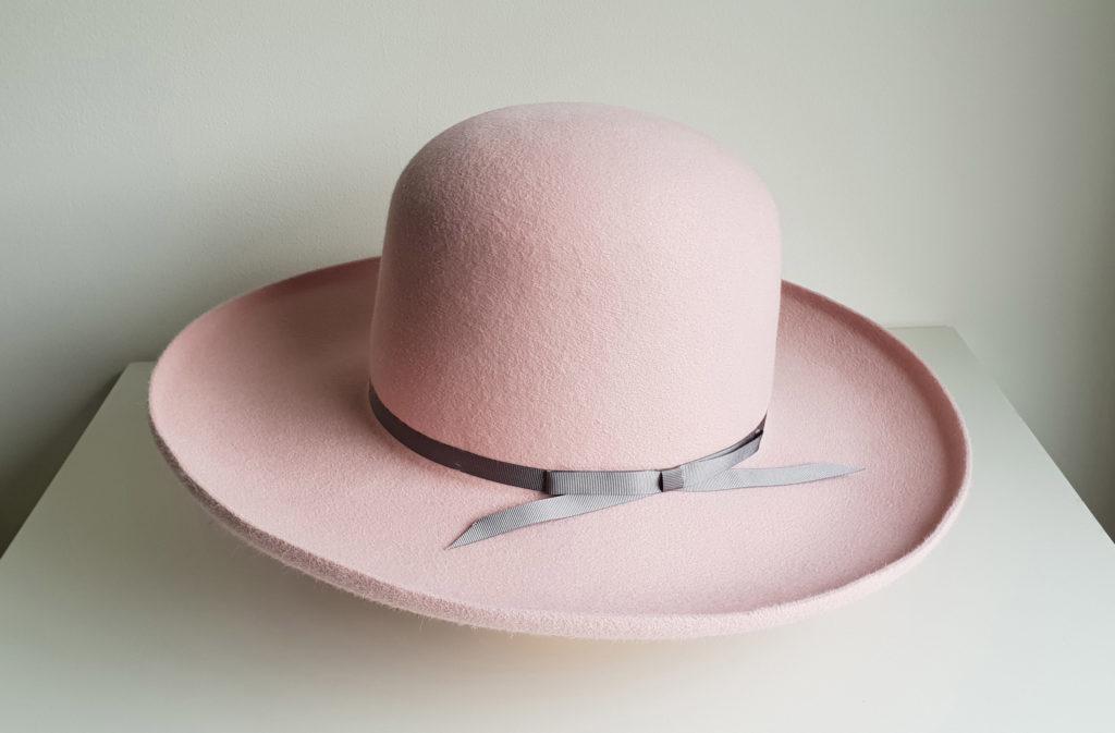 Ręcznie wykonany kapelusz by LONG STORY SHORT