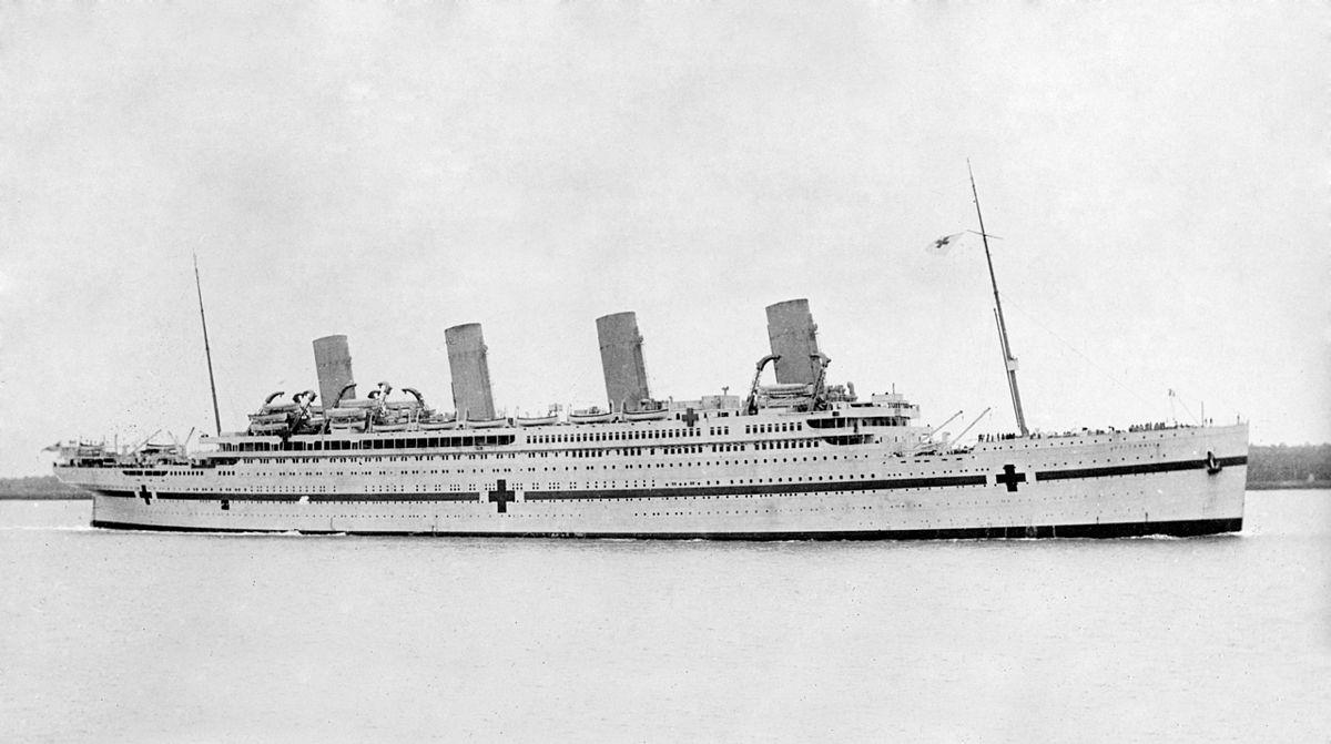 HMHS Britannic - Podróż w wielkim stylu by LONG STORY SHORT