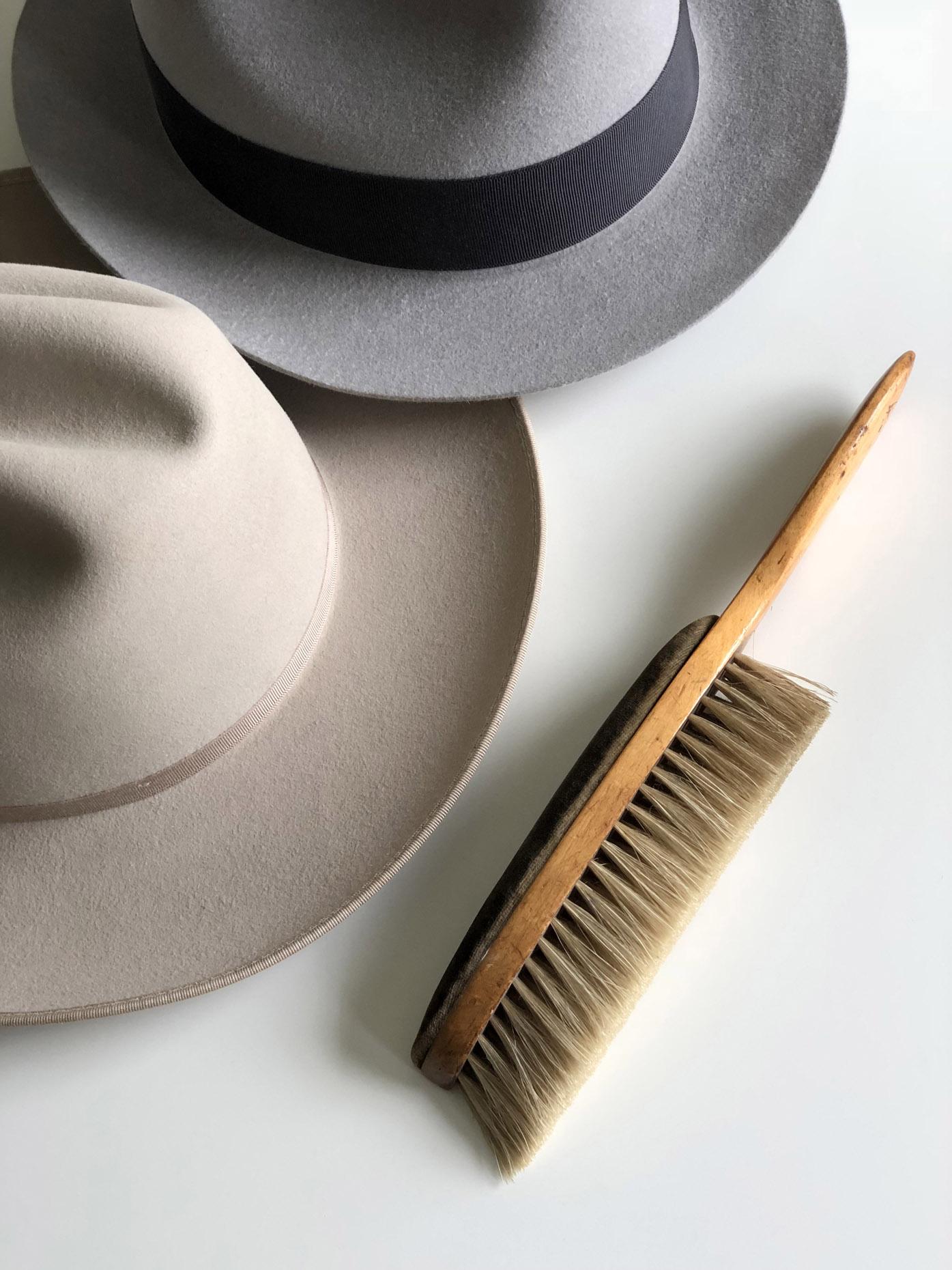 Szczotkowanie kapeluszy by LONG STORY SHORT
